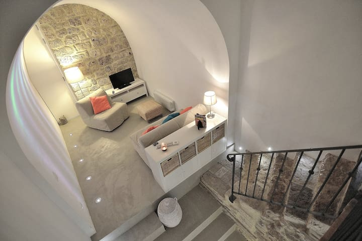 Pigi's stylish loft medieval village - Massa Marittima