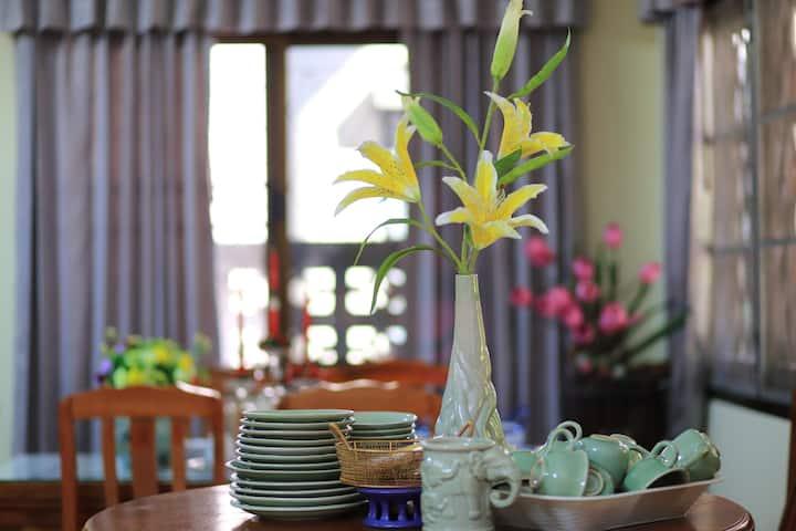 Saithong Huose
