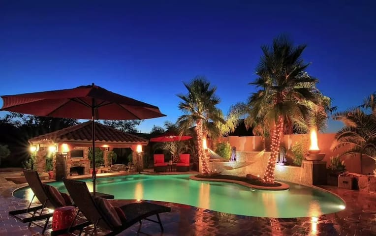 Opulent 5BR Chandler House - Chandler - Hus