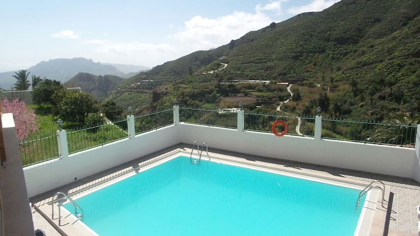 Casa rural con piscina en Risco Blanco . - GC-654