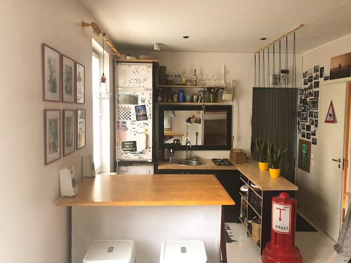 Cosy studio apartment in the coolest neighbourhood