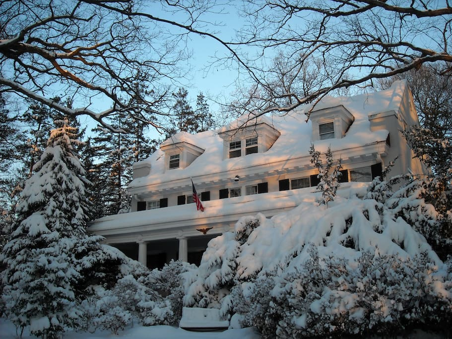 See my beautiful home in the winter.