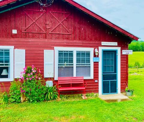 2 bedroom cottage- Stowe area