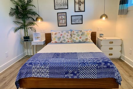 Folly River Lodge: Deluxe Queen 6 & Plunge Pool