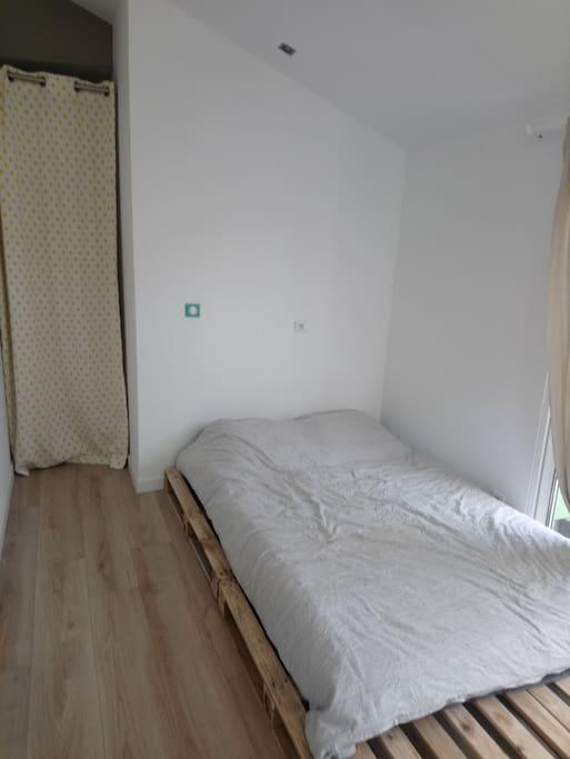 Chambre rdc-lit 140/200