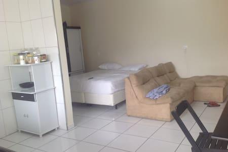 Casa aconchegante no Centro de Lençóis Paulista - Lençóis Paulista - Hus
