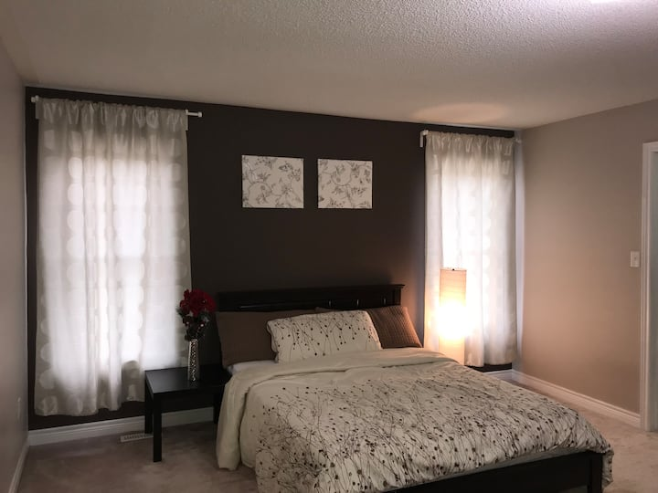 Spacious Master Bedroom With Private Bathroom