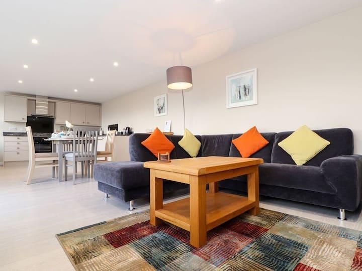 Cumbrae Retreat   Luxury apartment in the Cornwall