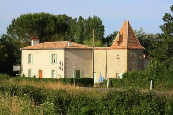Le Moulin Monbahus