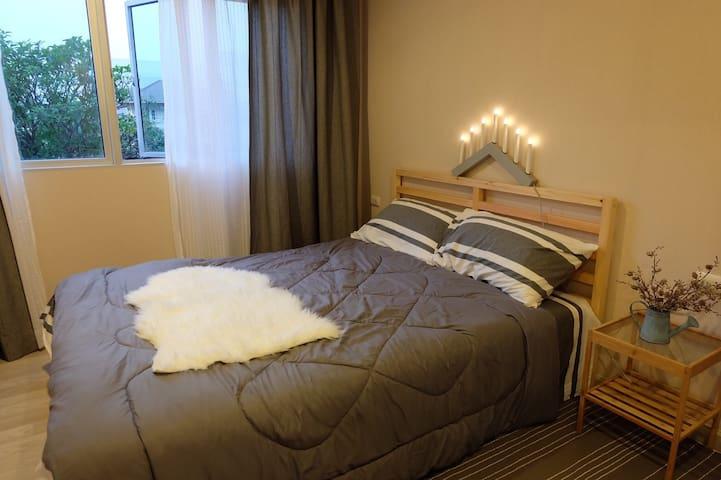 Private room  @ Wanghin 43  (near mrt ladprao)
