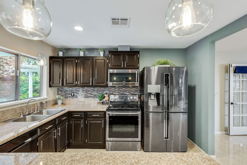 """""""For anyone looking for """"home-away-from-home"""" in Las Vegas, pick Melanie's home."""" - Chetan"""