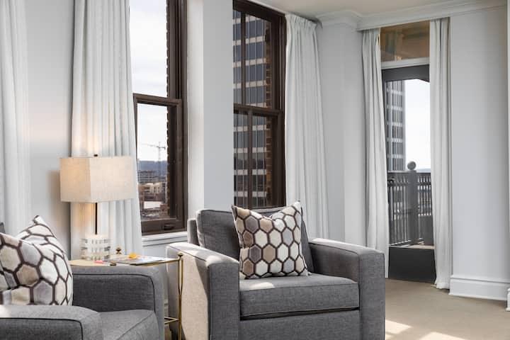 John Hand Club Hotel - Cobblestone Suite