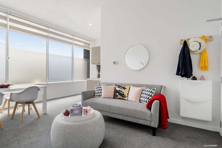 Stylish&Spacious 1 bedroom in central Auckland