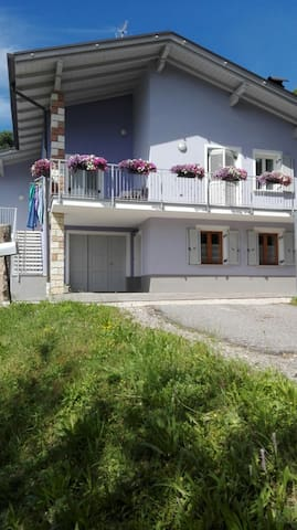 Val di Non - Incantevole appartamento in villetta - Province of Trento - Talo