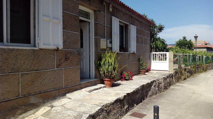 Casa de planta baja en Combarro