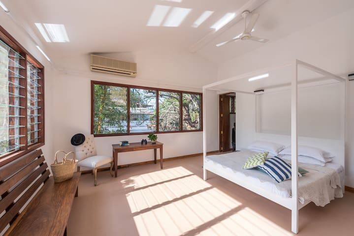 Leopard Cove House - 2 bed balcony - Dar es Salaam - Byt
