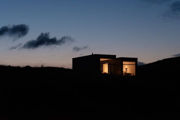 An architectural hideaway for two