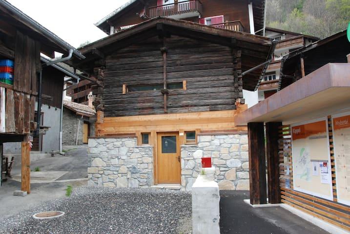 Anna's alte Scheune - Kippel - Cabaña