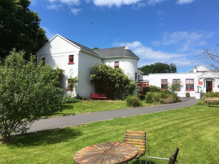 The Burren Hostel - Private Bookout
