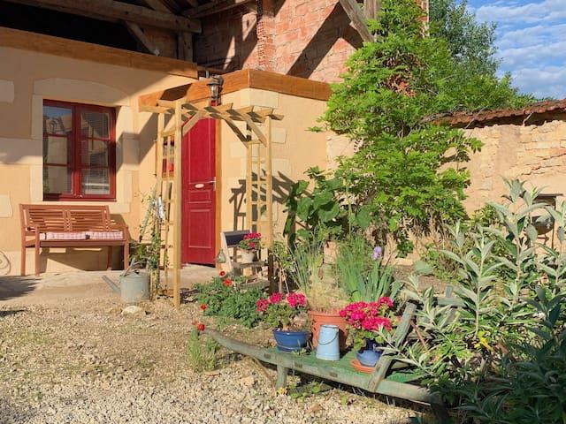 Tiny house/Studio  in prachtige Bourgogne