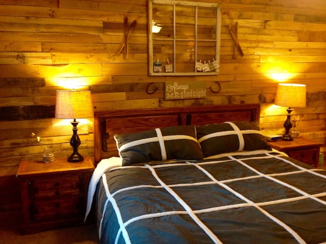 Updated 2b/2b on Brian Head Resort Sleeps 6