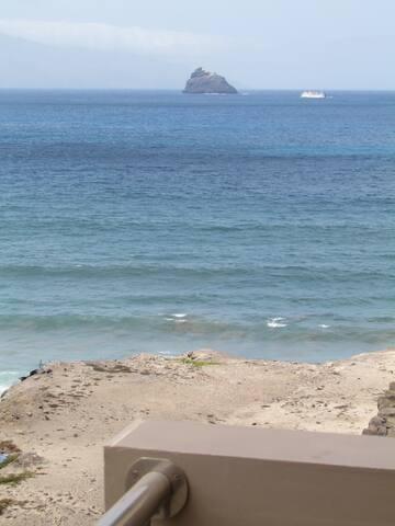 Beautiful 1 bedroom Apartment - Ocean view