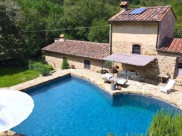 Villa Chianti Mulino del Cerchiaio - วิลล่า