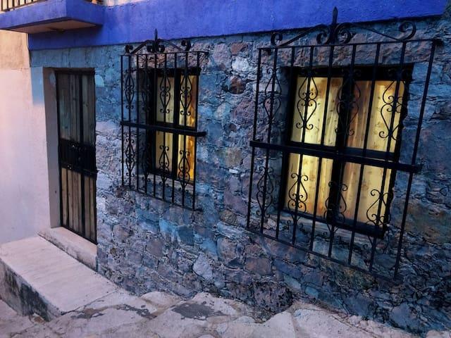 Casa con estacionamiento en Guanajuato