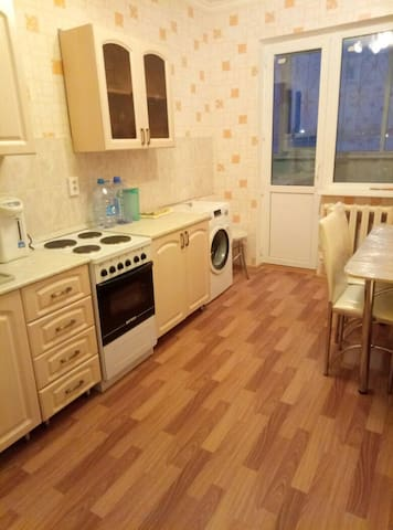 Furnished appartment 80m2 near Khan Shatyr - Astana - Daire