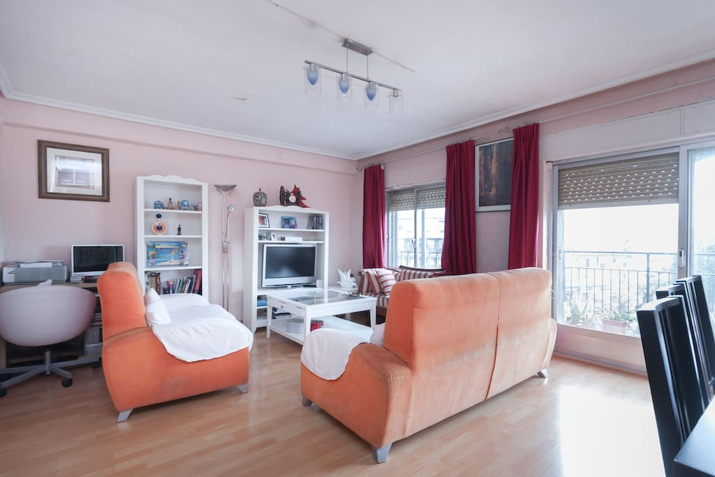 C moda habitaci n en madrid apartamentos en alquiler en for Alquiler habitacion espana