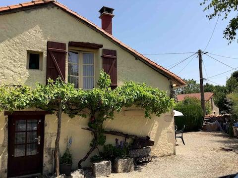 Private Suite near Ruffec, hamlet rural France.