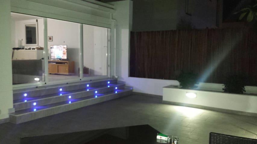 Almeria Bliss. Wifi.Parking.Privacy - Almería - Condominium