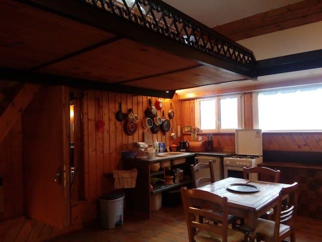 Studio avec mezzanine - Sazos - Apartment