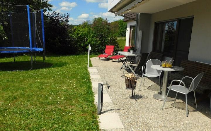 Ferienwohnung mit Garten am Bodensee