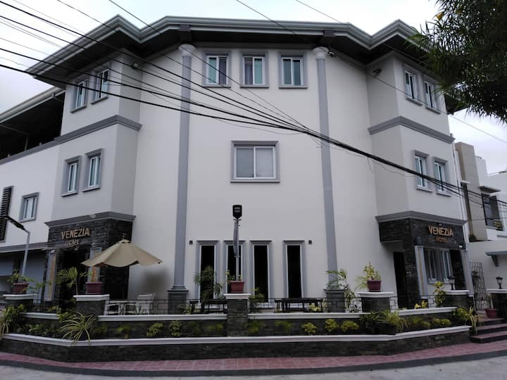 Superior Suite for 2 at Venezia Suites Hotel Iloilo