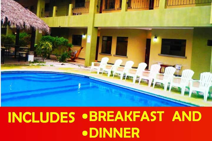Apartamento privado y piscina playas del coco (5a)