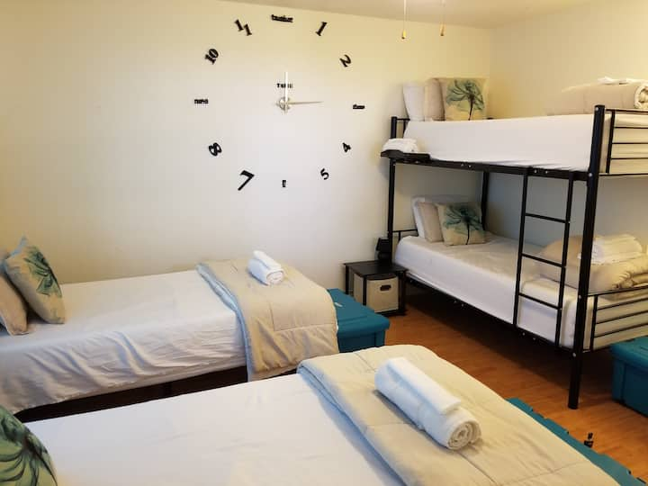 C2 Charming on a Budget Twin Bed (Hostel Style)