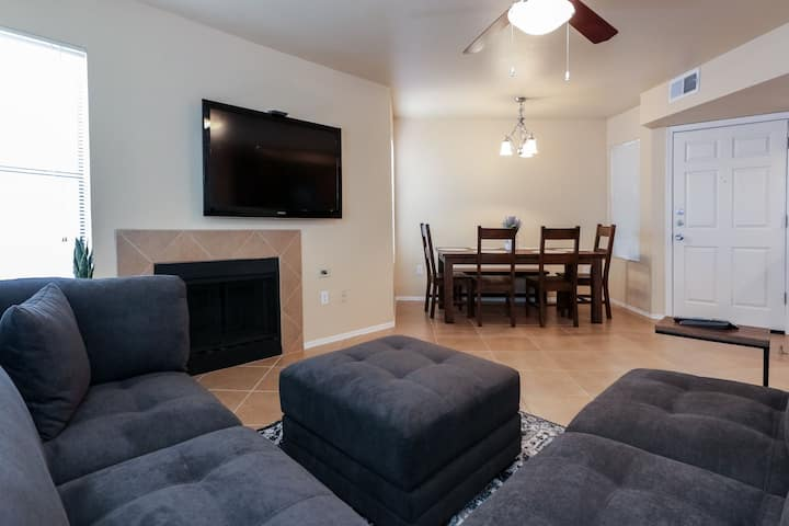 Quiet ground floor Condo, handi-cap accessible.