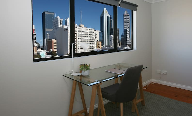 Penthouse City Delight -Perth City
