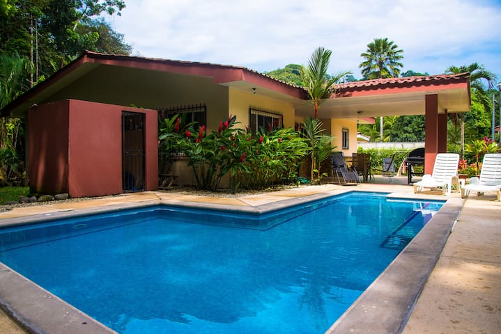 Modern 2 Bedroom house in Jaco/Playa Herradura