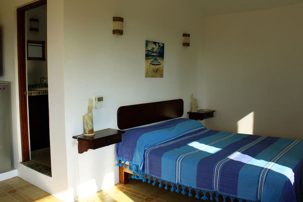 Bedroom, habitación con cama queen