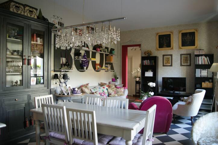 Meravigliosa stanza privata con bagno e vista