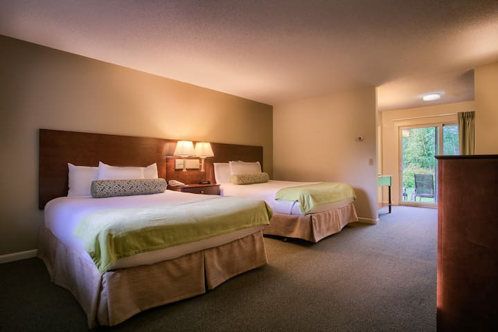 Stowe Escape Boutique Motel Room Two Queens Beds