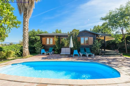 Nice wooden house with private pool and garden - Alhaurín de la Torre - Cabin