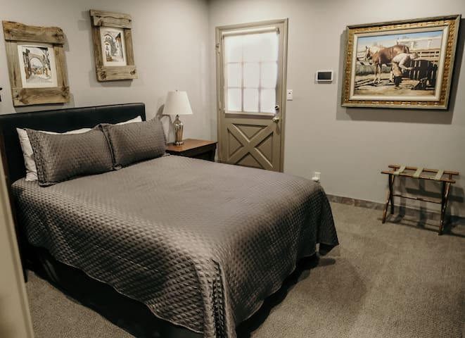 Guest Room with Private Entrance