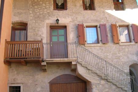 appartamento nel borgo - Comano Terme