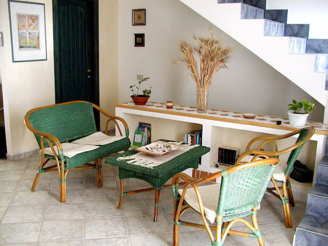 Casa vacanze PULA - Holidays Sud Sardinia - Pula - Maison de ville