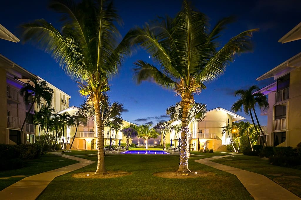 The grounds at Cayman Reef at night.