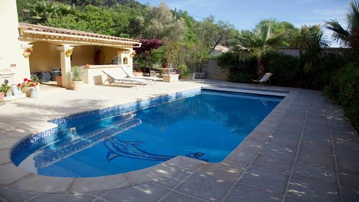 Villa Carquieiranne avec Piscine