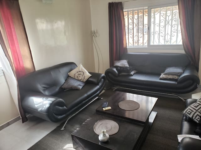 A luxury and well furnished 3 bedrooms apartment